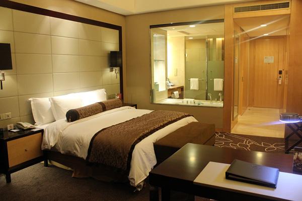 宜昌万达皇冠假日酒店大床房