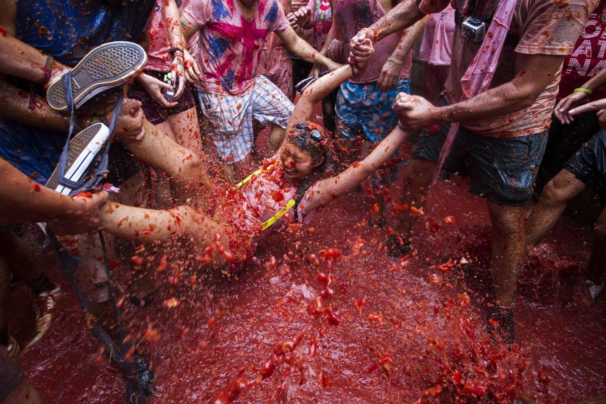 西班牙举行番茄大战